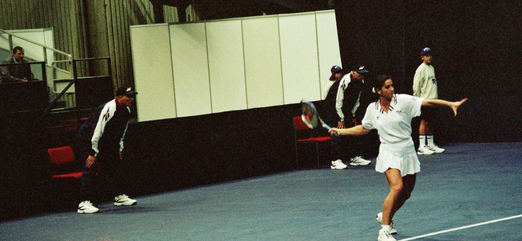 """Фарина Сильвия (Италия)-финалистка международного теннисного турнира """"Кубка Кремля"""" в парном разряде и Минкевич Анатолий (Россия)-судья турниров WTA-Tour (1996)"""