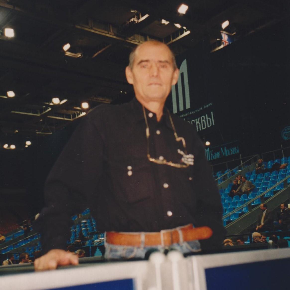 Шишкин Валерий Владимирович (Россия) Первый тренер Олимпийского чемпиона Евгения Кафельникова 1999