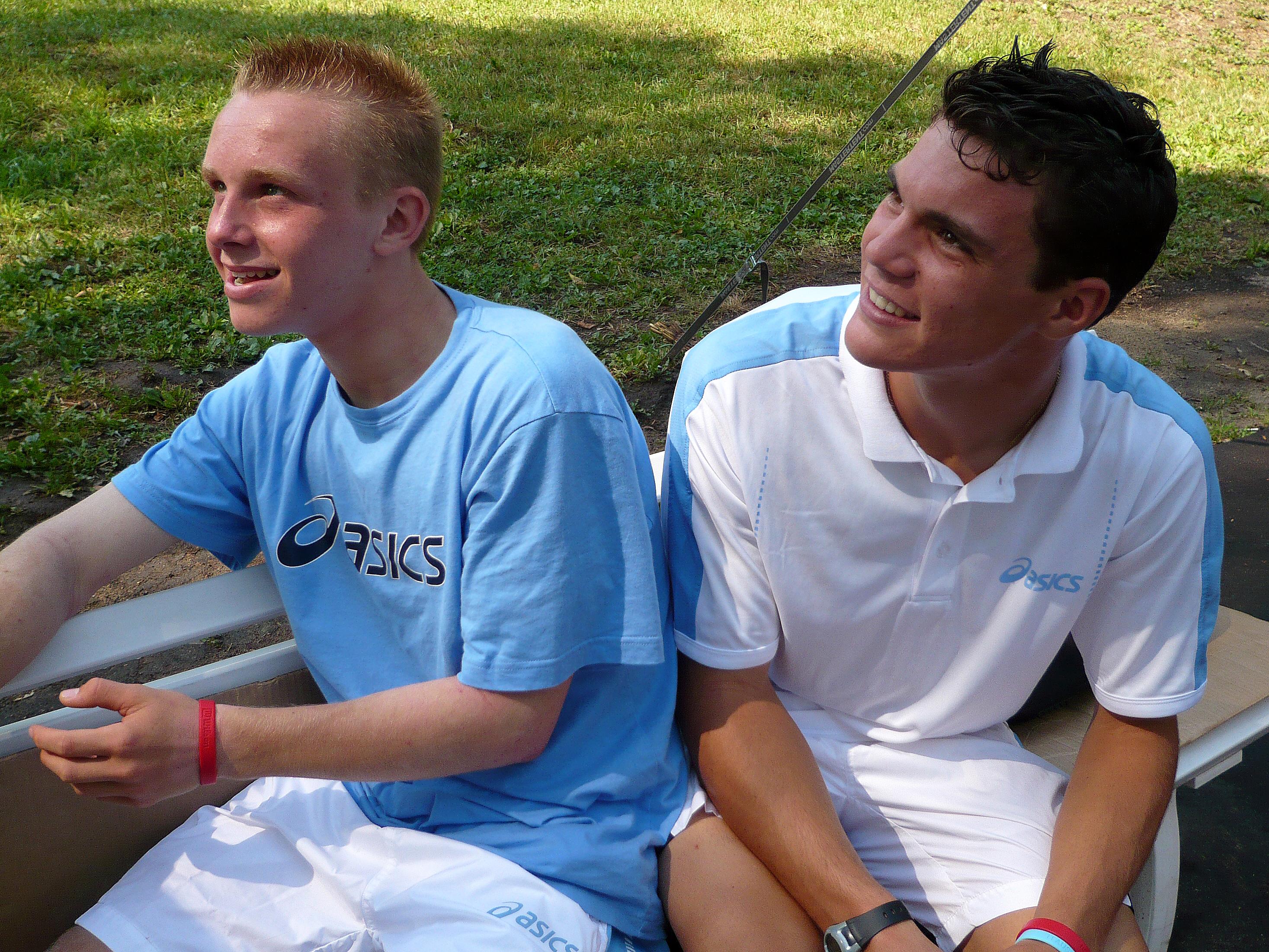 Минкевич Анатолий: Марко Ленц и Кевин Кравец немецкие теннисисты, победители Чемпионата Европы по теннису среди юниоров в мужском парном разряде 2007 г.