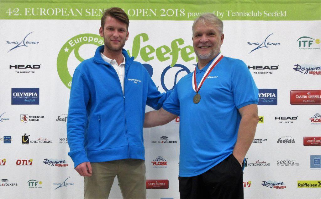 Минкевич Анатолий (Россия) бронзовый призёр парного разряда и Weiss Manuel (AUT) супервайзер Чемпионата Европы по теннису в Австрии, Зеефельд-2018