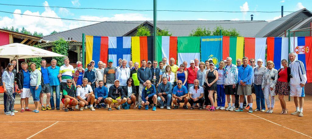 """Участники и организаторы международного теннисного турнира ITF Seniors """"Lidskoe Open"""" Беларусь, Лида 23-27 мая 2018 г."""