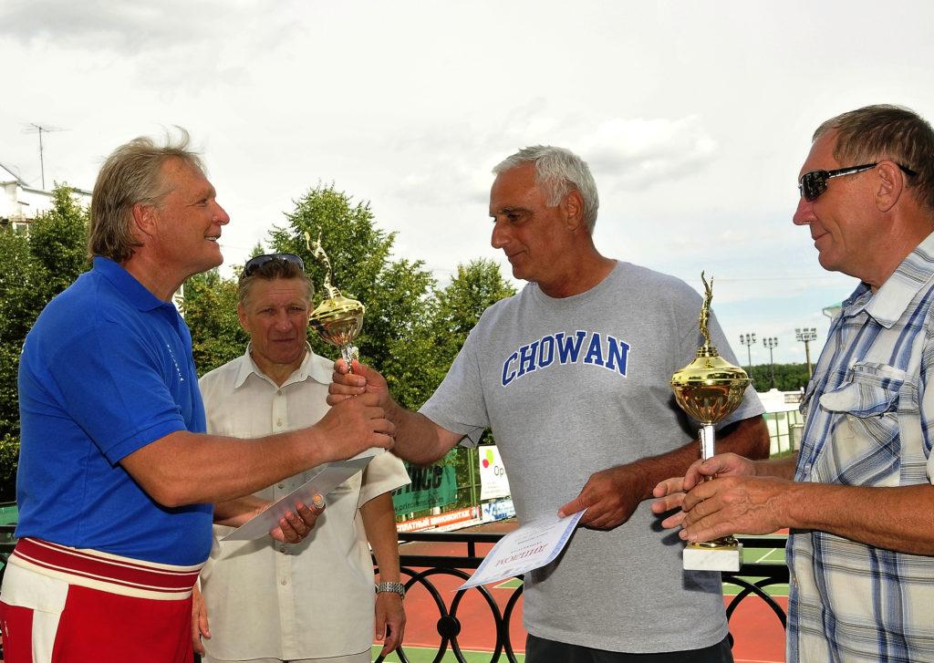 Минкевич Анатолий и Дакал Анатолий финалисты международного фестиваля тенниса в Ярославле 2011 г.